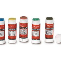 Polishing pastes